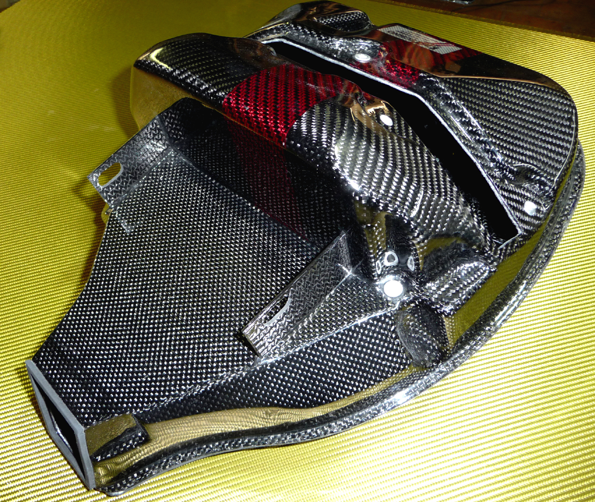 Triumph Speed Air-box-Carbon-Racing