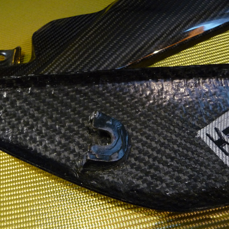 Triumph-Speed-1050-Tank-Infill-Panels-carbon-detail
